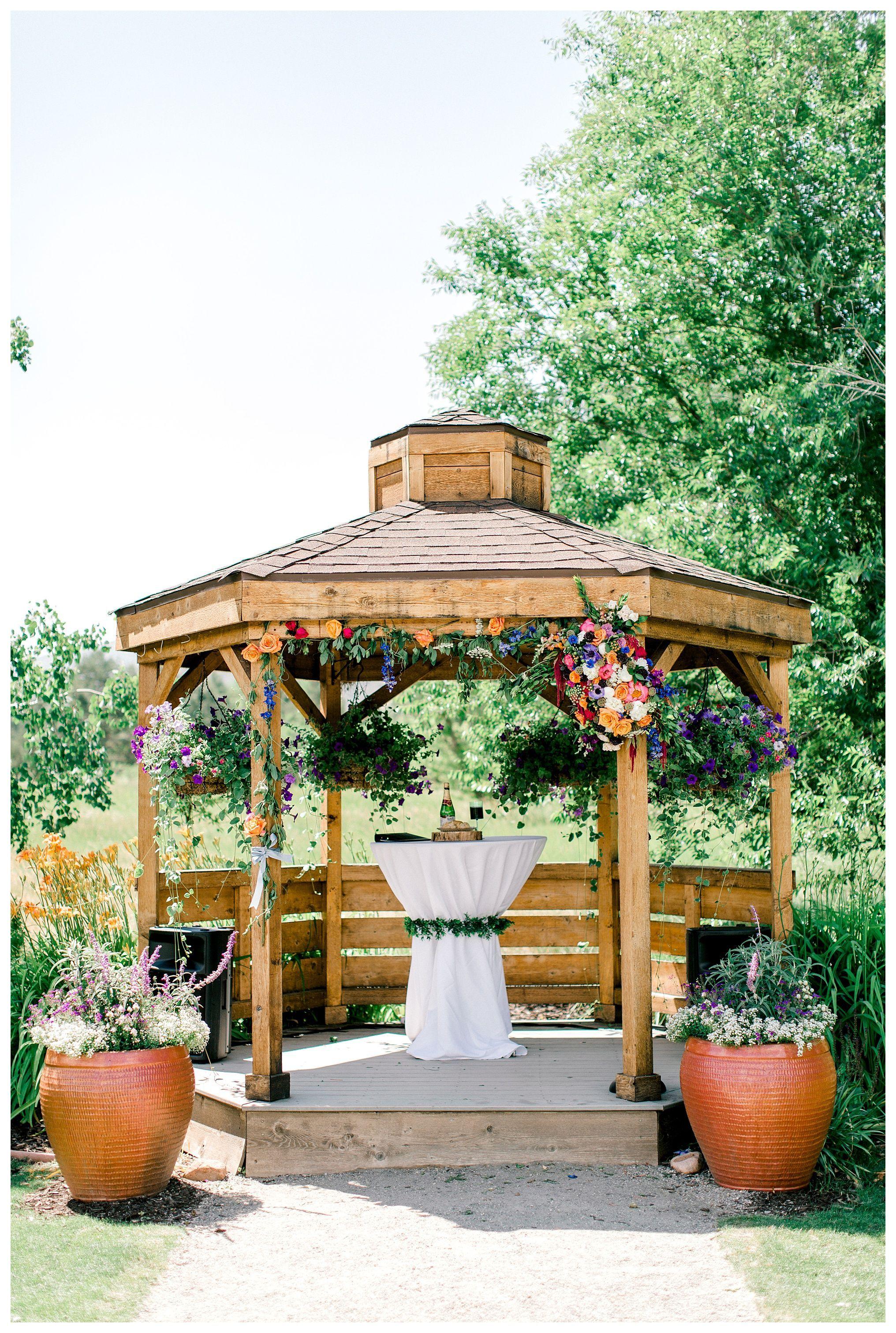 2969cd5716433cf9038968d69a67cf08 - Denver Botanic Gardens Chatfield Farms Wedding