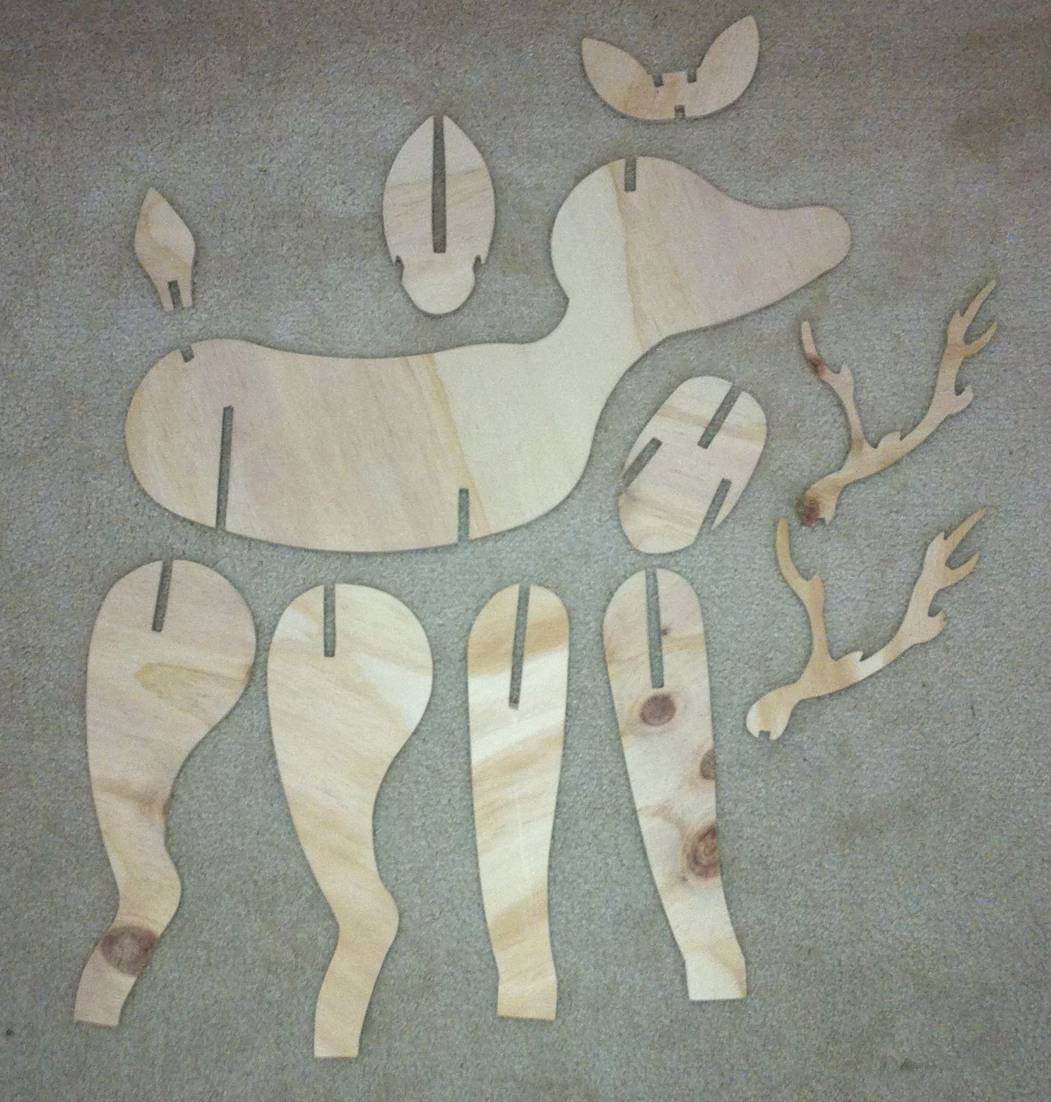 Christmas project reindeer cnc lasercut woodworking for Wood decoration patterns