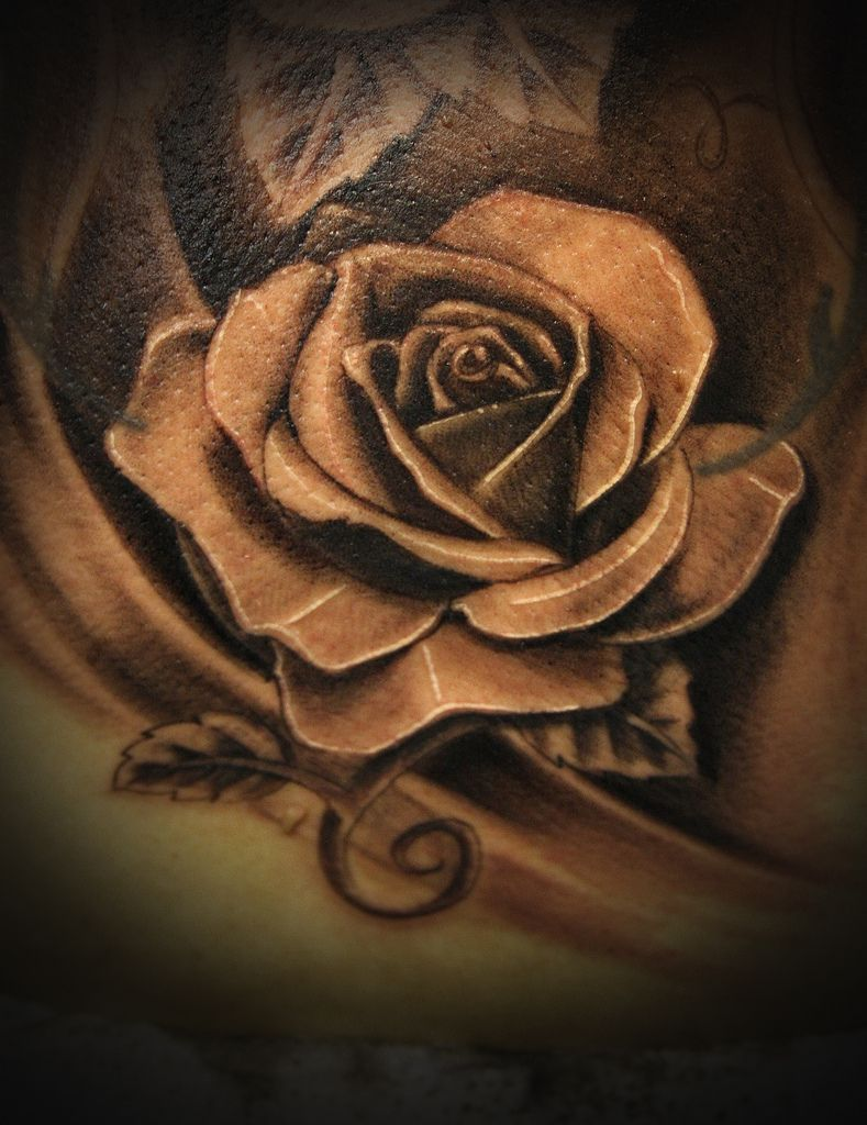 49ad277011bdc Realistic Black Camera In Rose Tattoos: Real Photo Pictures Images ...