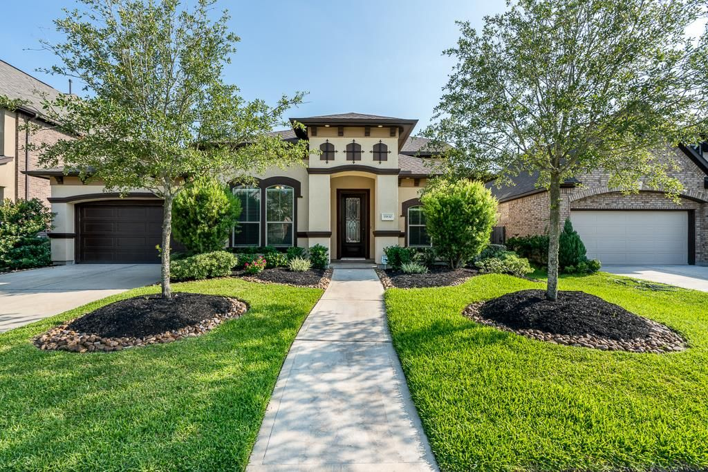 Stunning smart home located in cypress creek lakes this beautiful newmark