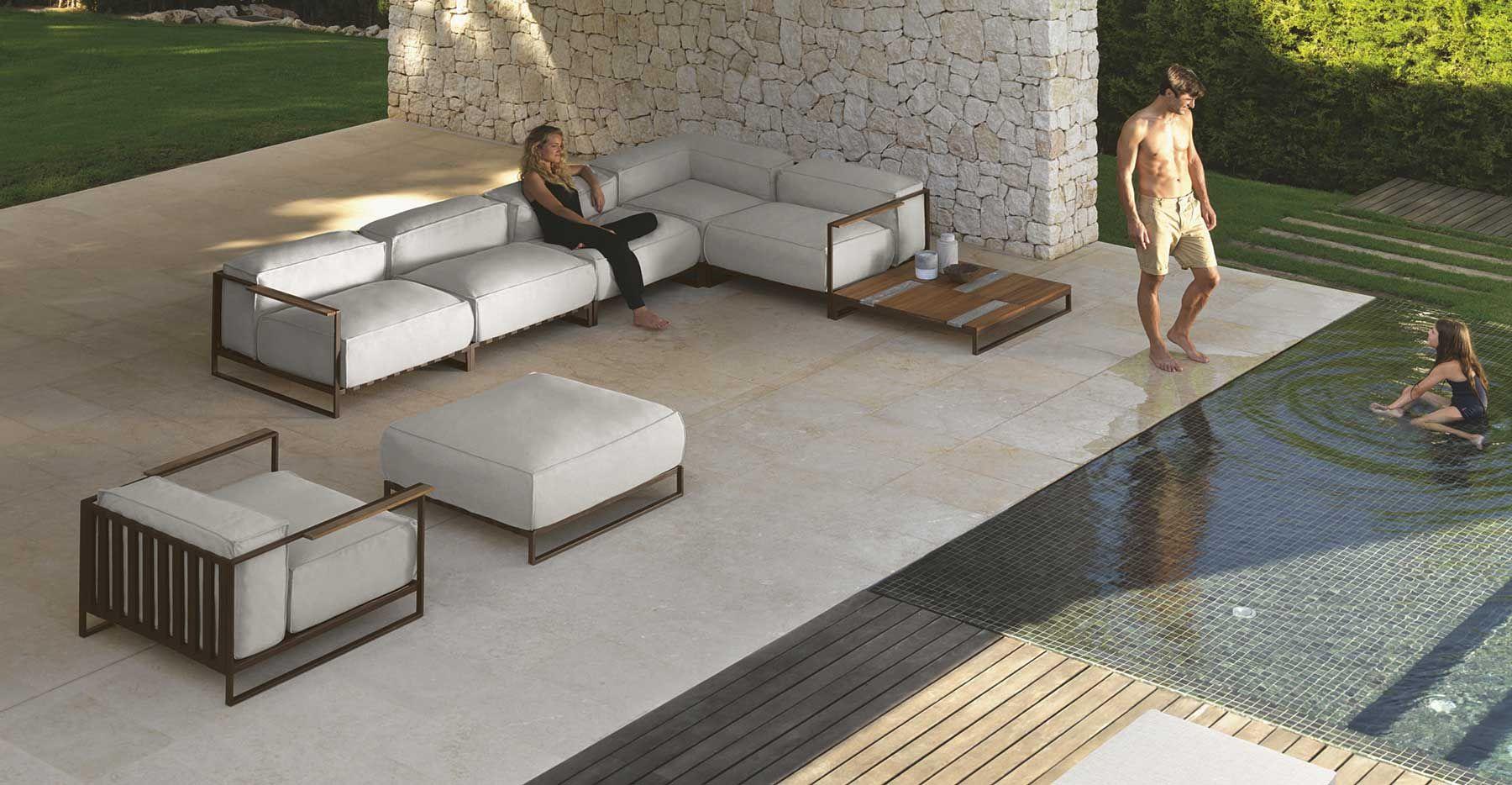 Luxury Outdoor Furniture Style Ideas — Top Bathroom Ideas