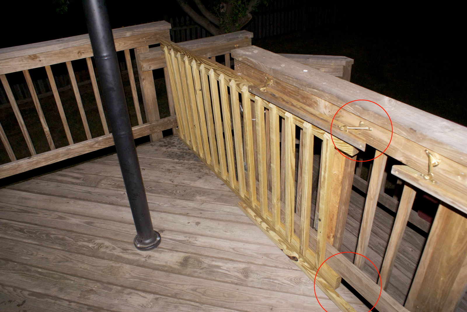 13 Diy Dog Gate Ideas: The Deck Gate Itself Is A Pre Fab Deck Railing