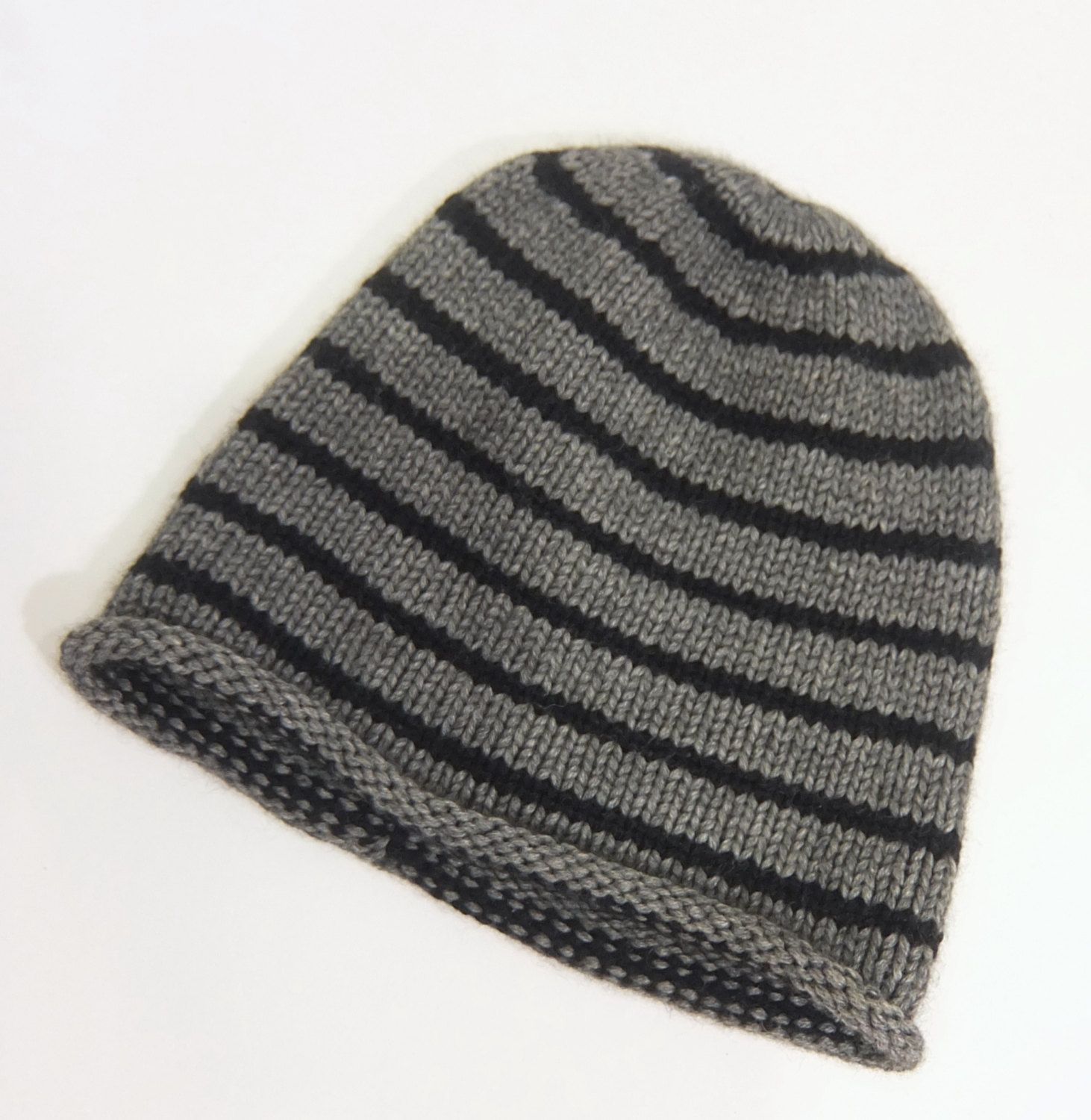 f3b27e0f7f8a0 Mens striped cashmere hat   Gray and Black   Unisex hat   Ski hat   Skull  cap   Close fitted beanie - pinned by pin4etsy.com