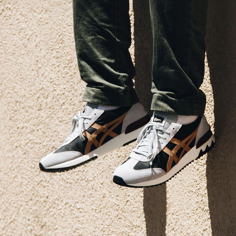bab560815c2b Onitsuka Tiger California 78 Ex Men s Sneaker in Black and Caravan ...