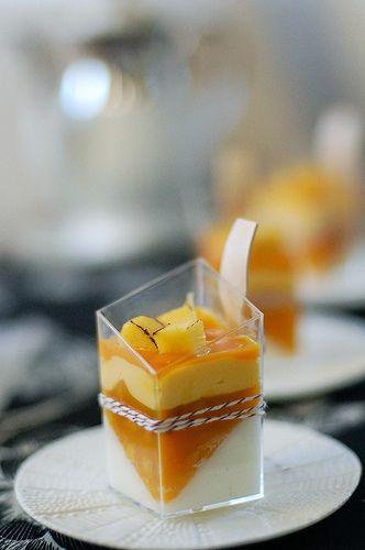 Crème Fraîche + Mango Verrines. #minisobremesas