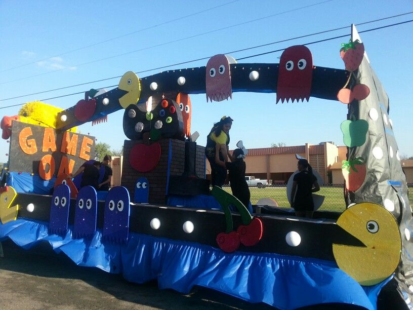 Homecoming float also student council pinterest floats rh
