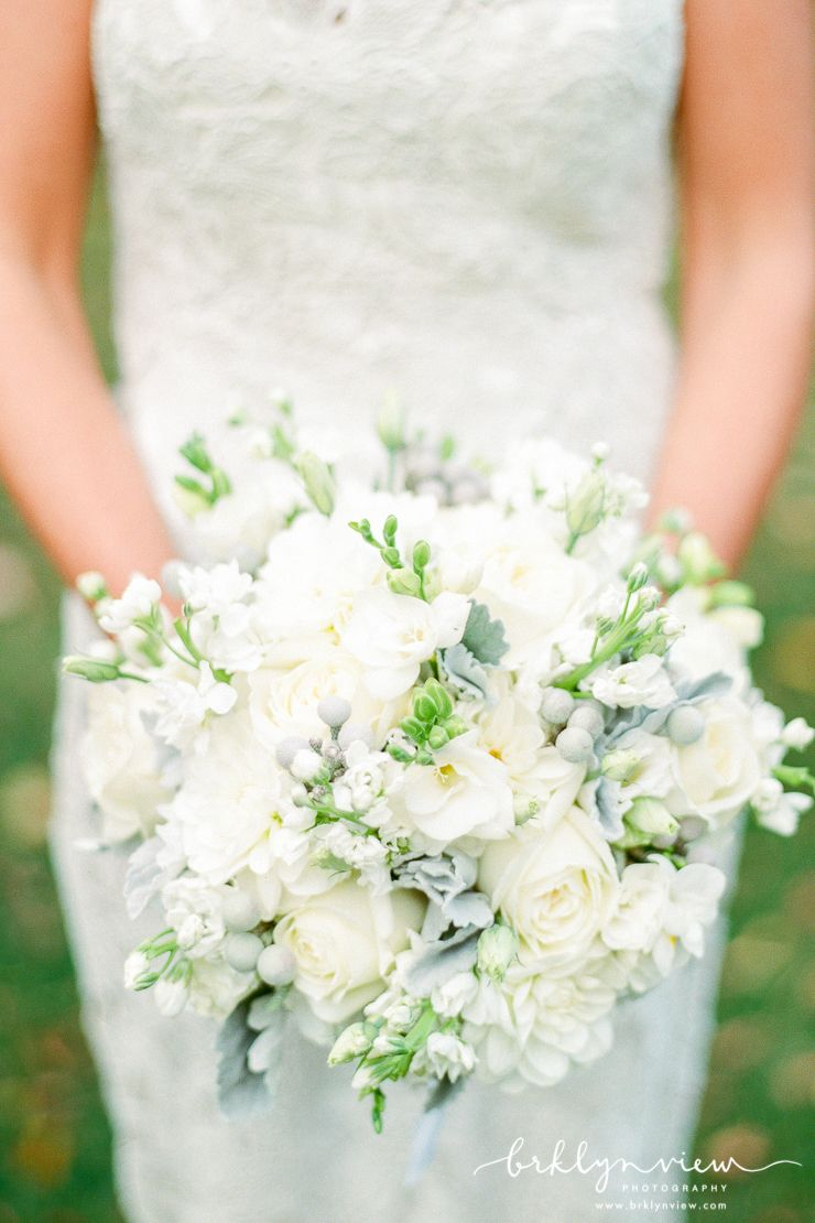 White Wedding Bouquet. Photography by  Brklyn View Photography