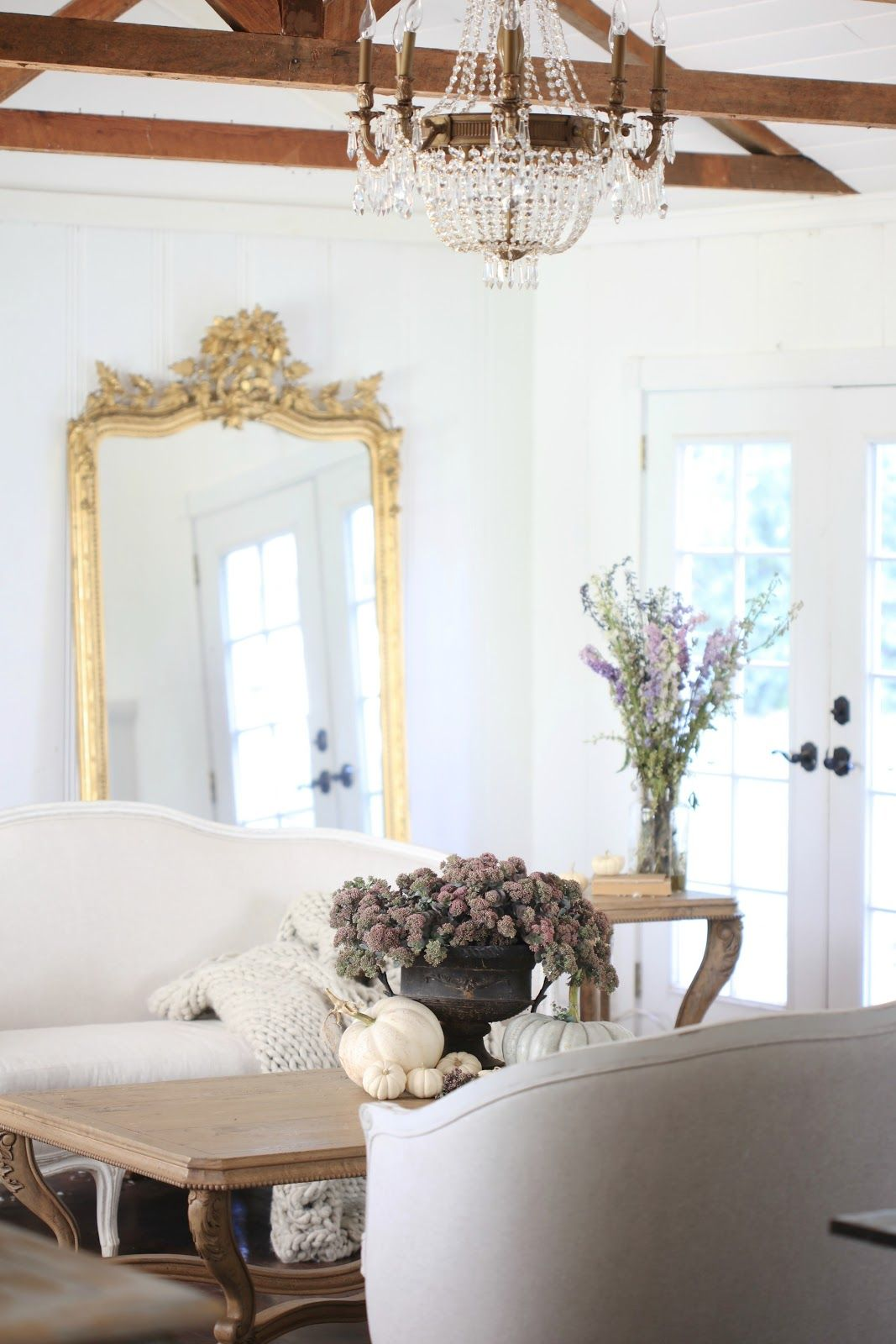 Inspired and romantic living, entertaining, traveling and decorating ...