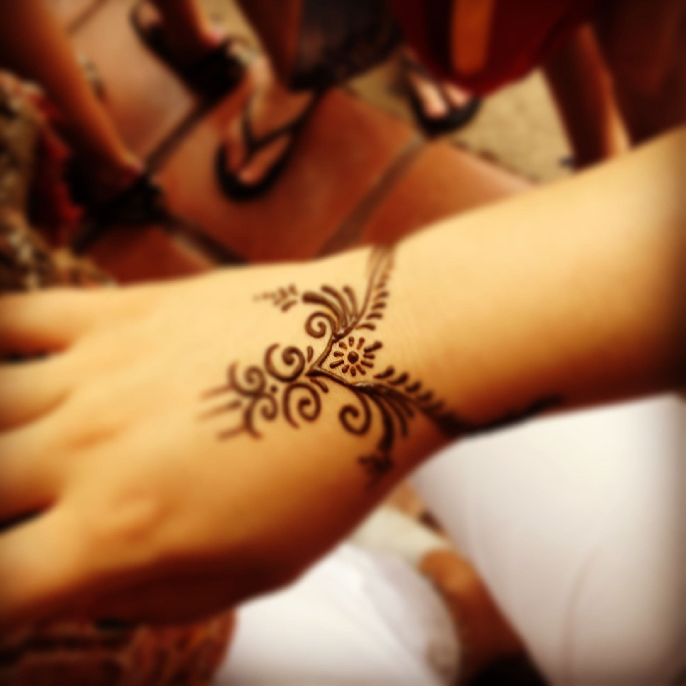 Annoyingly out of focus but nice simple design henna designs