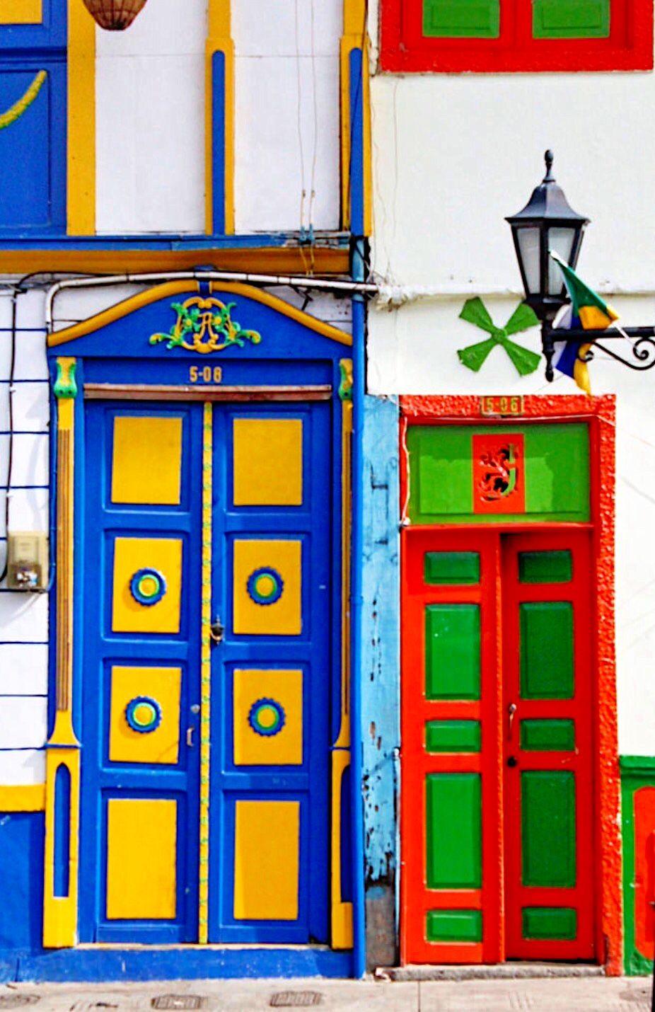 Salento quindio ventana puertas ventanas y el mundo for Puerta 7 campo de mayo