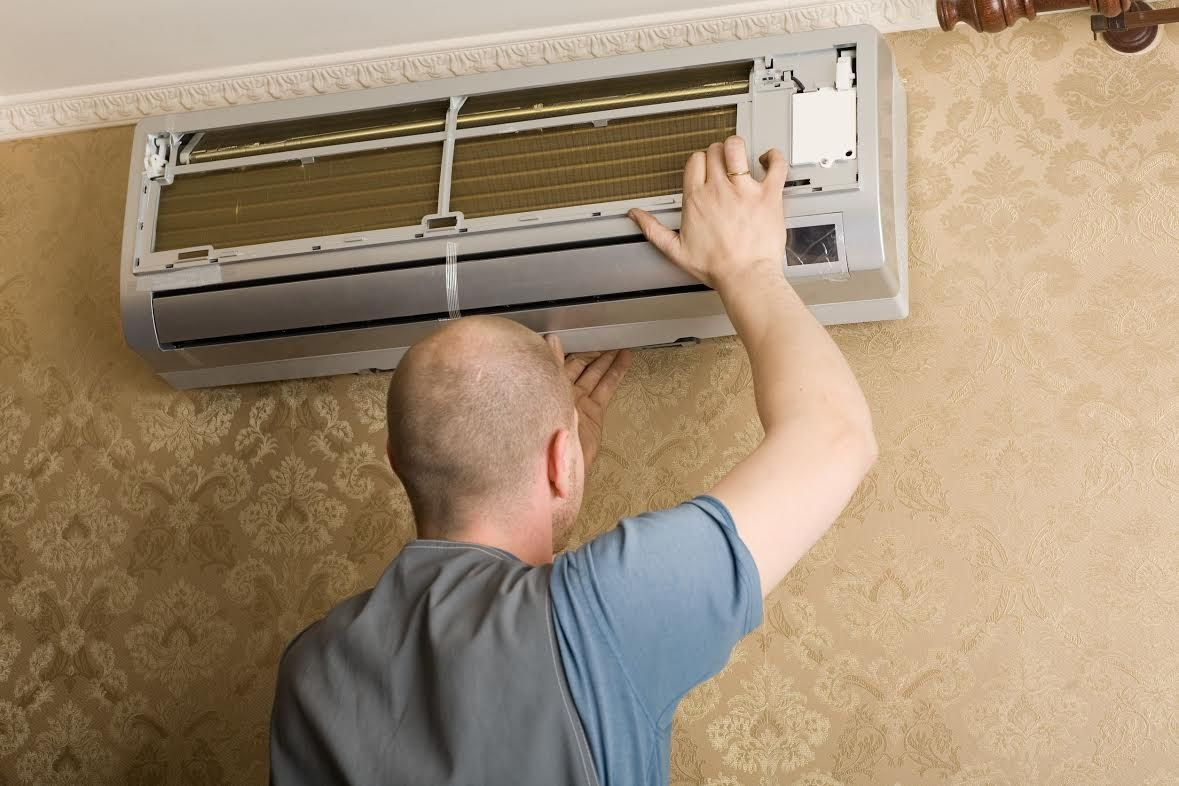 Safety Instructions for Air Conditioning Repairs A Guest