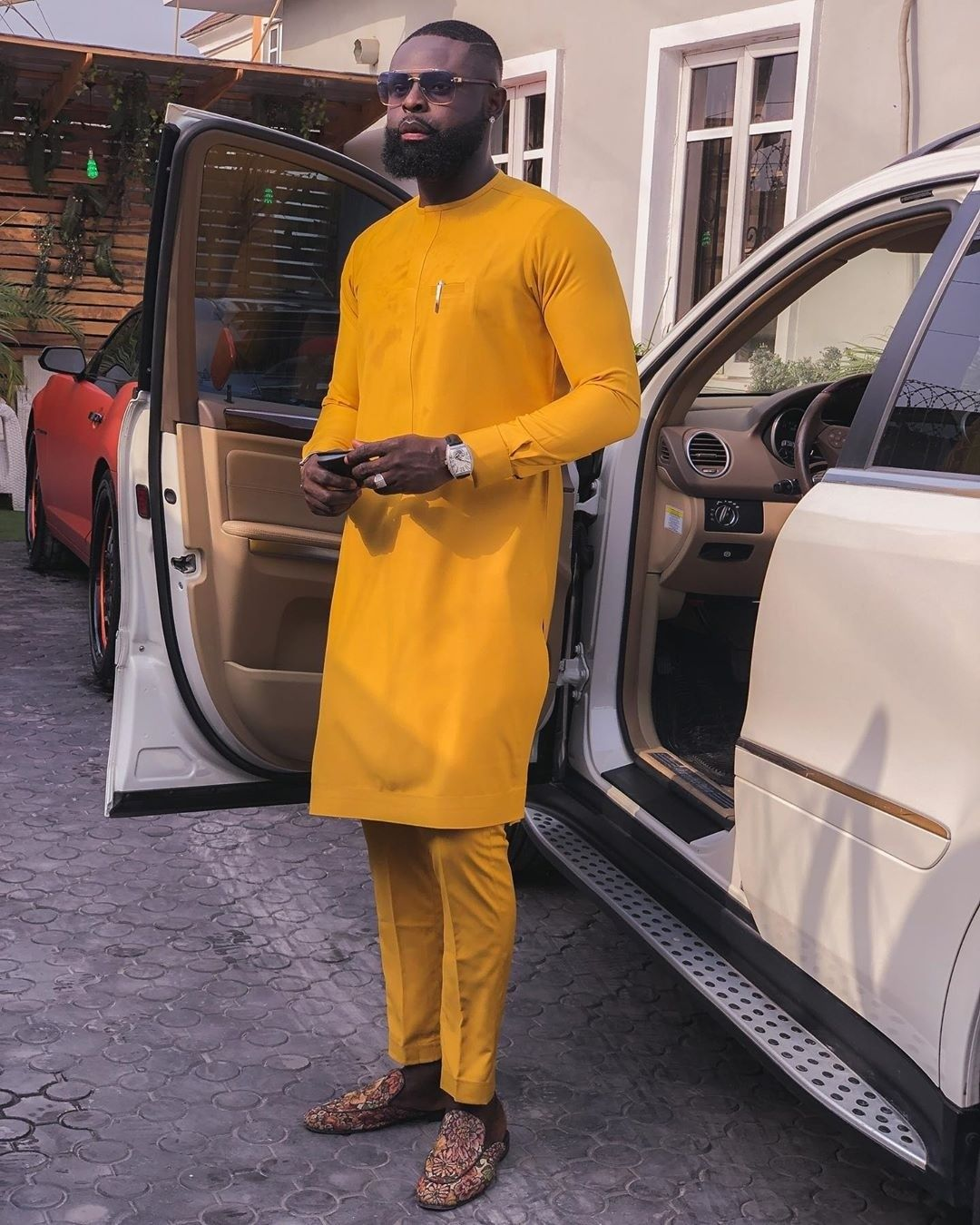 These Latest Native Wears For Guys Are Hot Couture Crib In 2020 Fashion Suits For Men Nigerian Men Fashion African Dresses Men