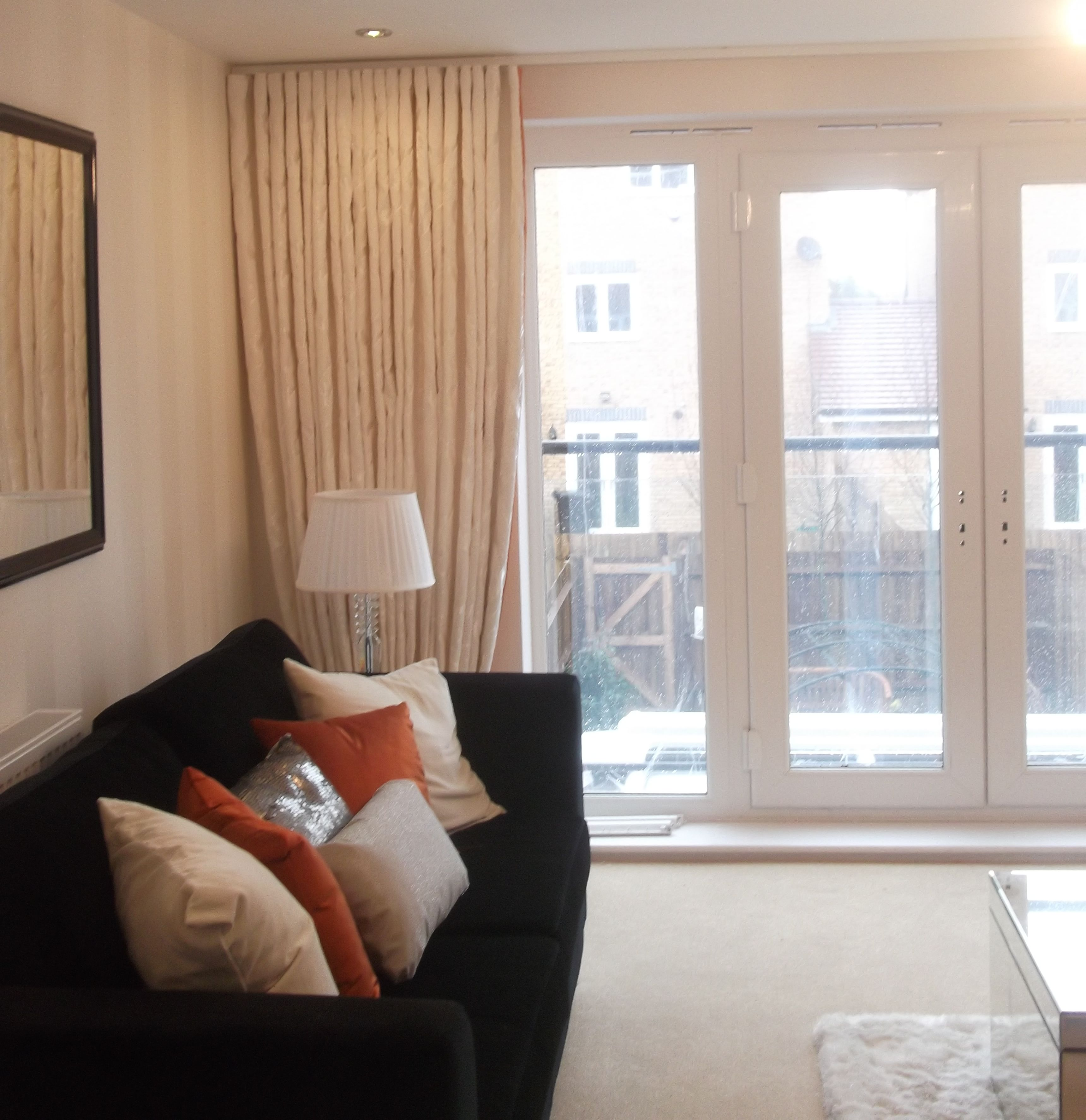 Floor to ceiling curtains corner - Floor To Ceiling Curtains Corner Fitting