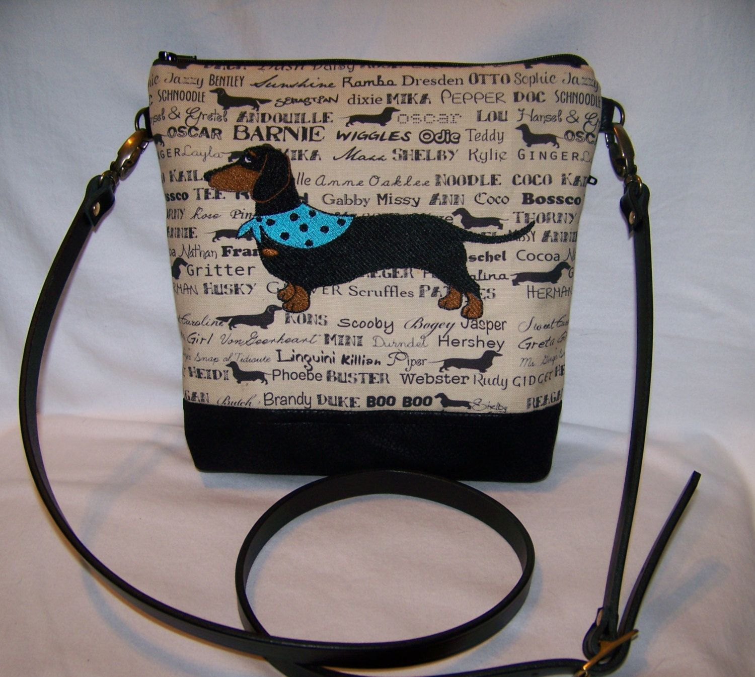New Embroidered Black And Tan Smooth Hair Dachshund Cross Body