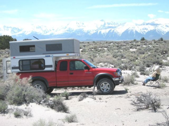 Four Wheel Campers offers a full line of popup campers.