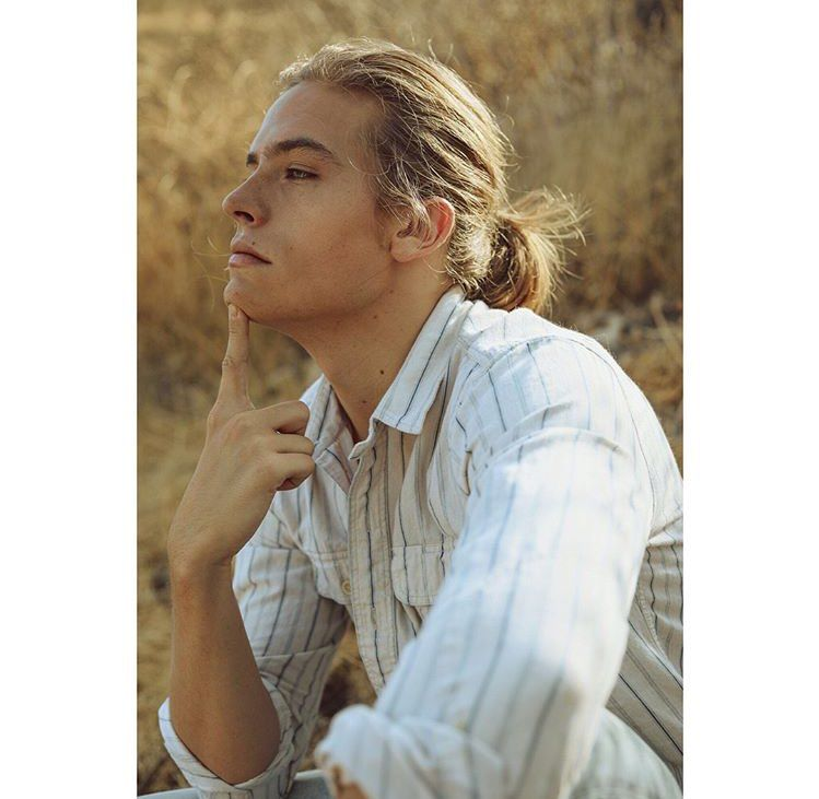 Twitter Dylan Sprouse Long Hair Styles Beautiful Men