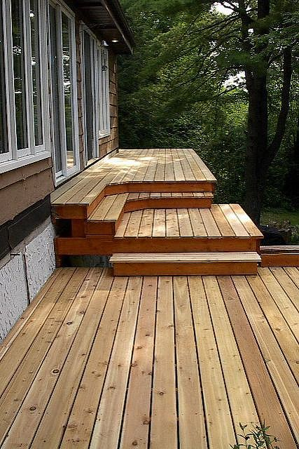 Manufactured home decks how to add space and curb appeal for Decks and porches for mobile homes