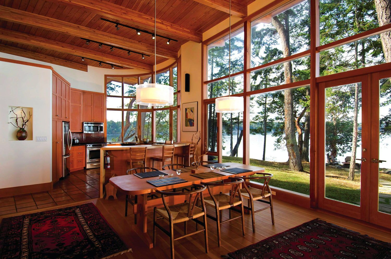 Photo of Off-grid place of dwelling for ebook fans within the Gulf Islands