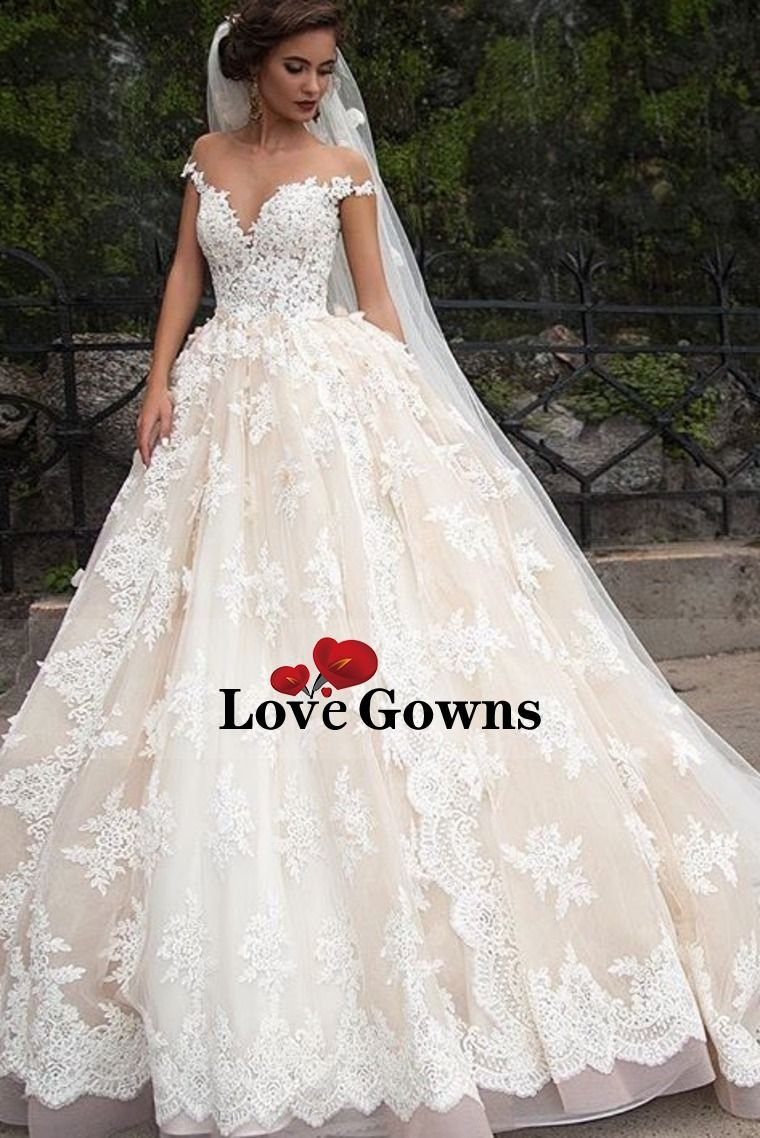 short sleeves scoop wedding dresses a line tulle with applique