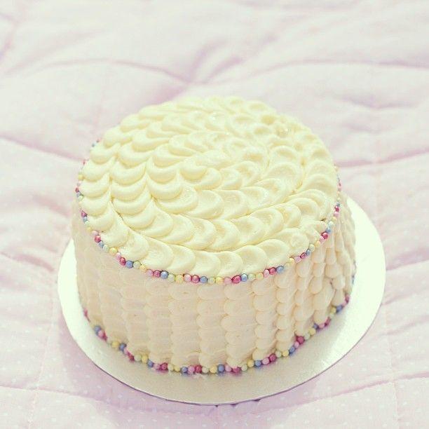 Maisie's cake smash cake