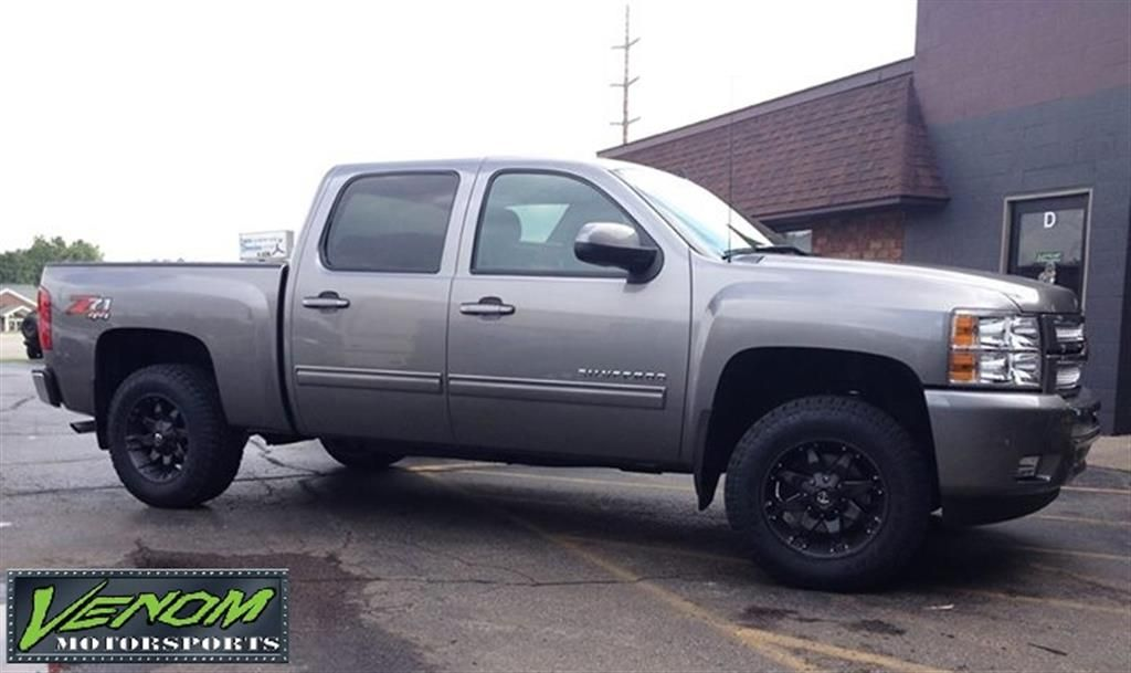 Chevy Silverado With Leveling Kit By Venom Motorsports In Grand