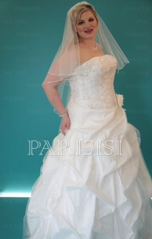 Plus Size Wedding Dress size 18 -24 white or Ivory price USD $160 ...