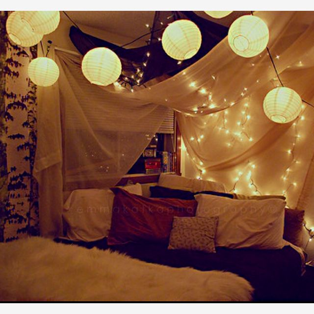 Beautiful This Is My Dream Room Bed Set Up! I Love The Paper Lanterns...agh I Love  Decorating In My Head:) Ha