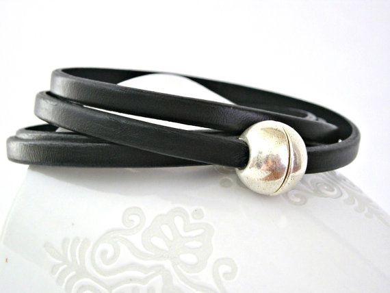 Black four wraps leather bracelet