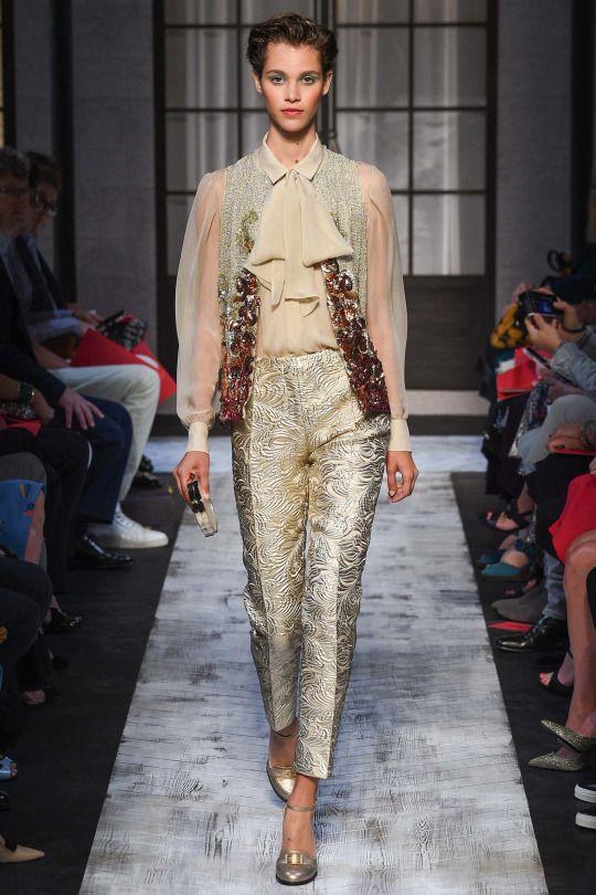 Pauline Hoarau at Schiaparelli, Fall 2015 Couture