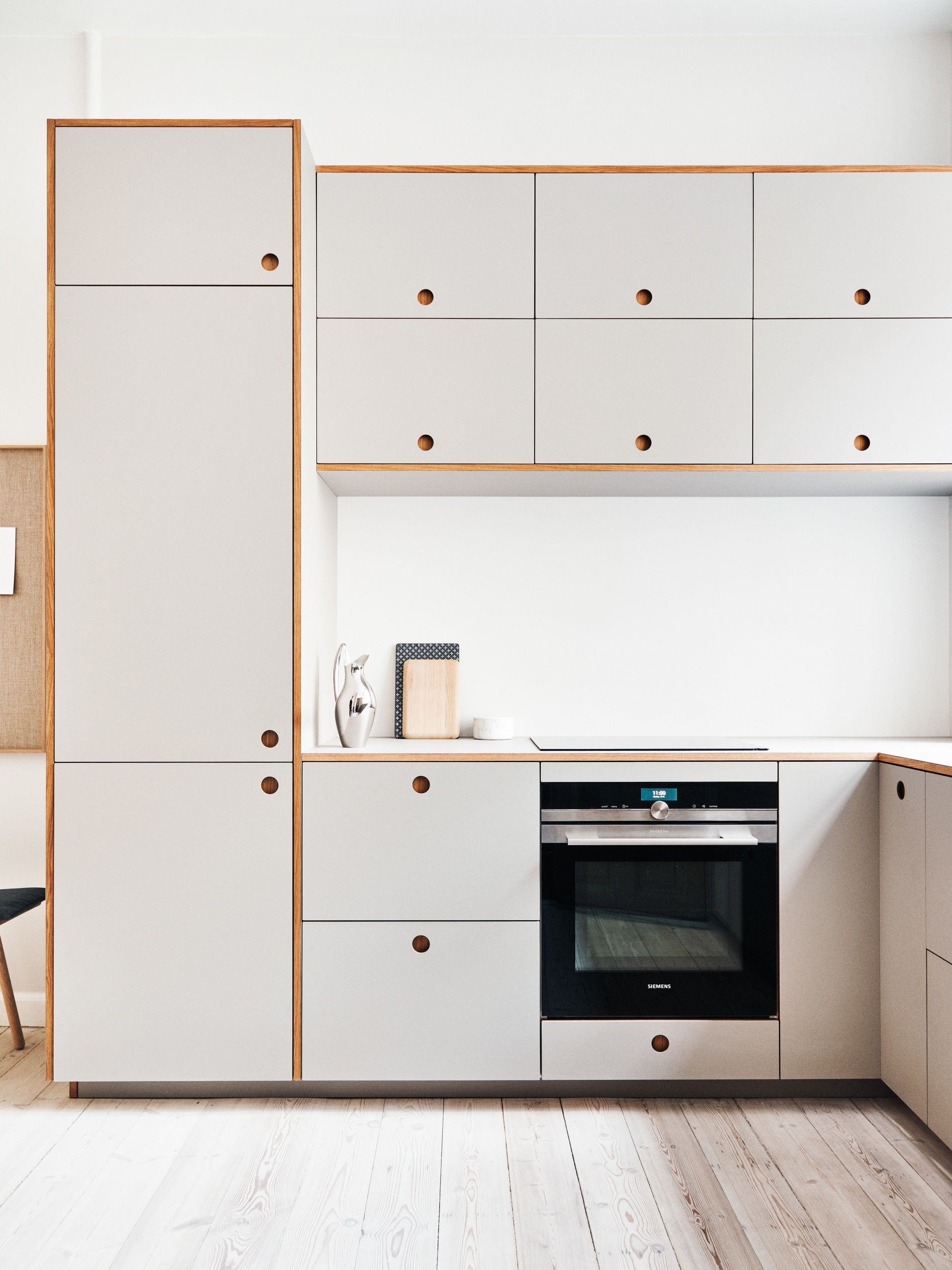 Inspiration Willemoesgade Copenhagen In 2020 Interior Design Kitchen Scandinavian Cabinets Linoleum