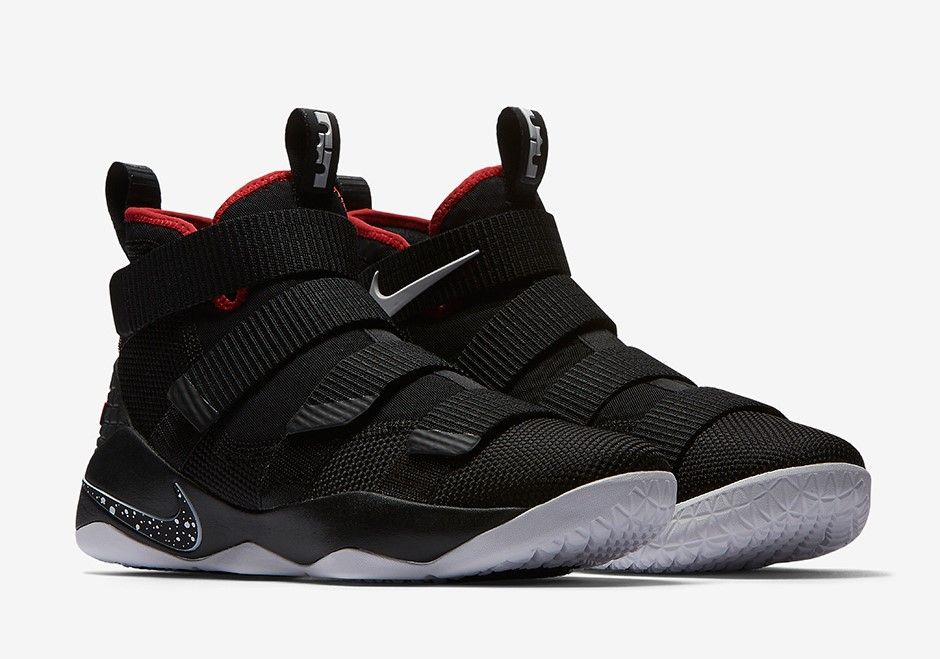 premium selection dc8ff 09f48 Nike LeBron Soldier 11 Bred