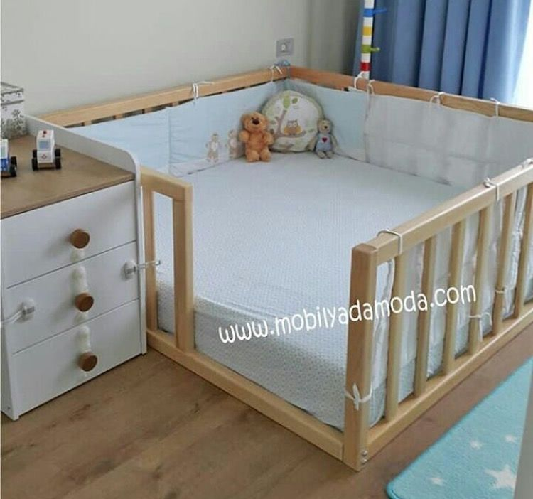 Chambre De Bebe. Use Size Of 2 Crib Mattresses Side By Side