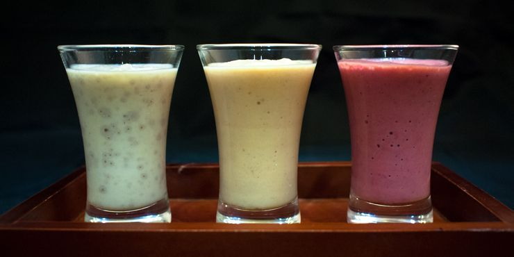 3 Essential Smoothies for Triathletes in Training #athletefood Photo by Macskafaraok, three smoothies for athletes, food, smoothies, health food, healthy, drinks and shakes #athletefood