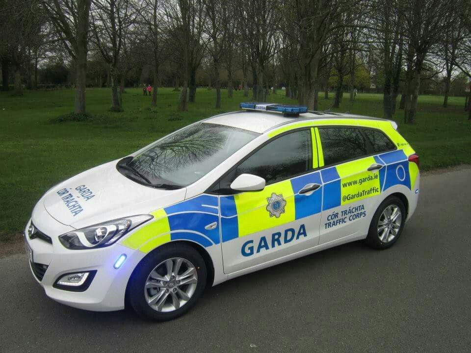 garda hyundai i30 police cars police vehicule. Black Bedroom Furniture Sets. Home Design Ideas