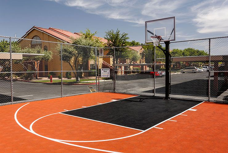 Westgate Flamingo Bay Hotel With Basketball Court Vegas Westgate Flamingo Bay Westgate Resorts Las Vegas Attractions