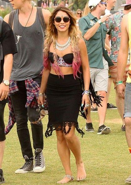 Vanessa Hudgens - Celebs At Day 1 Week 2 Of Coachella