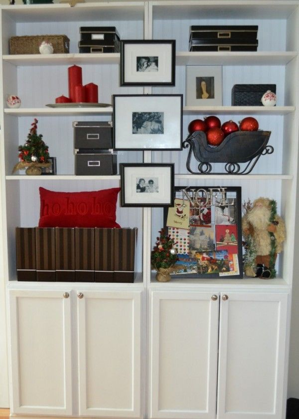 2013 Christmas Bookcase Decor Ideas, Bookshelf Organization and ...