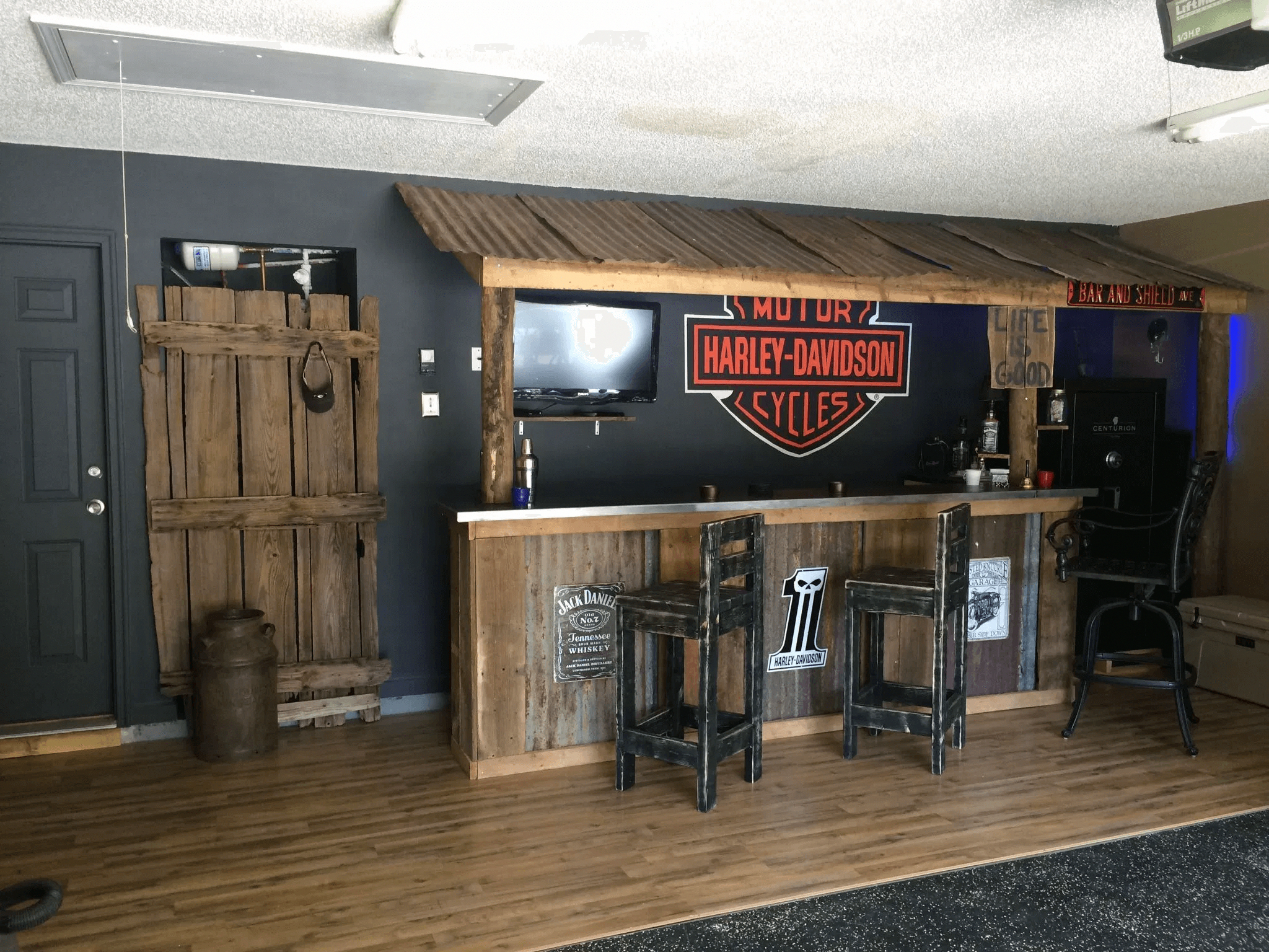 What Appliances Do You Need For The Ultimate Home Bar With Images Man Cave Home Bar Bars For Home Garage Bar