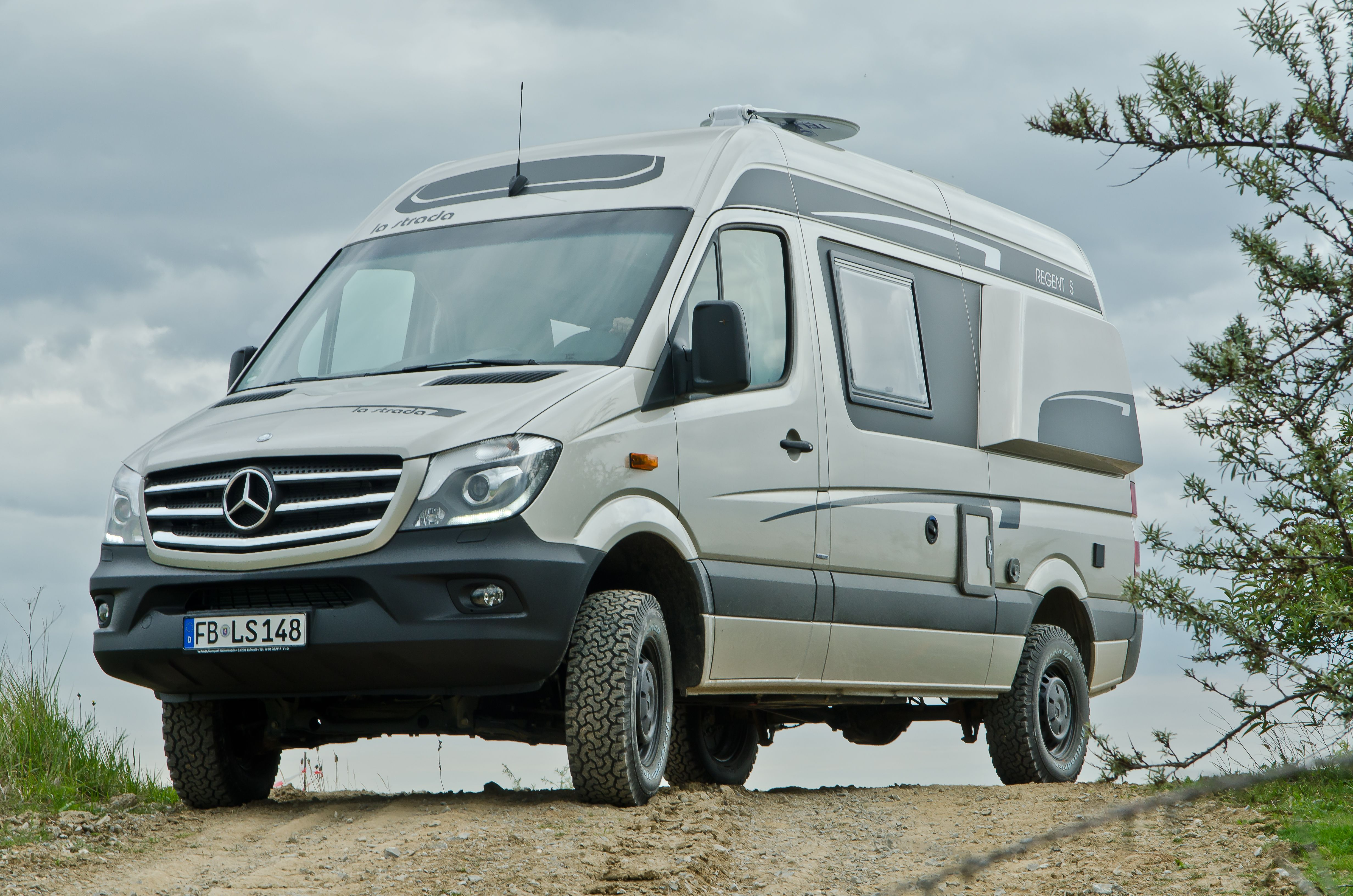 la strada regent s a 4x4 mercedes camper motorhome full time sprinter pinterest. Black Bedroom Furniture Sets. Home Design Ideas