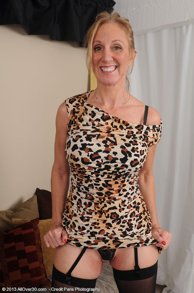 mature women cougars Milf