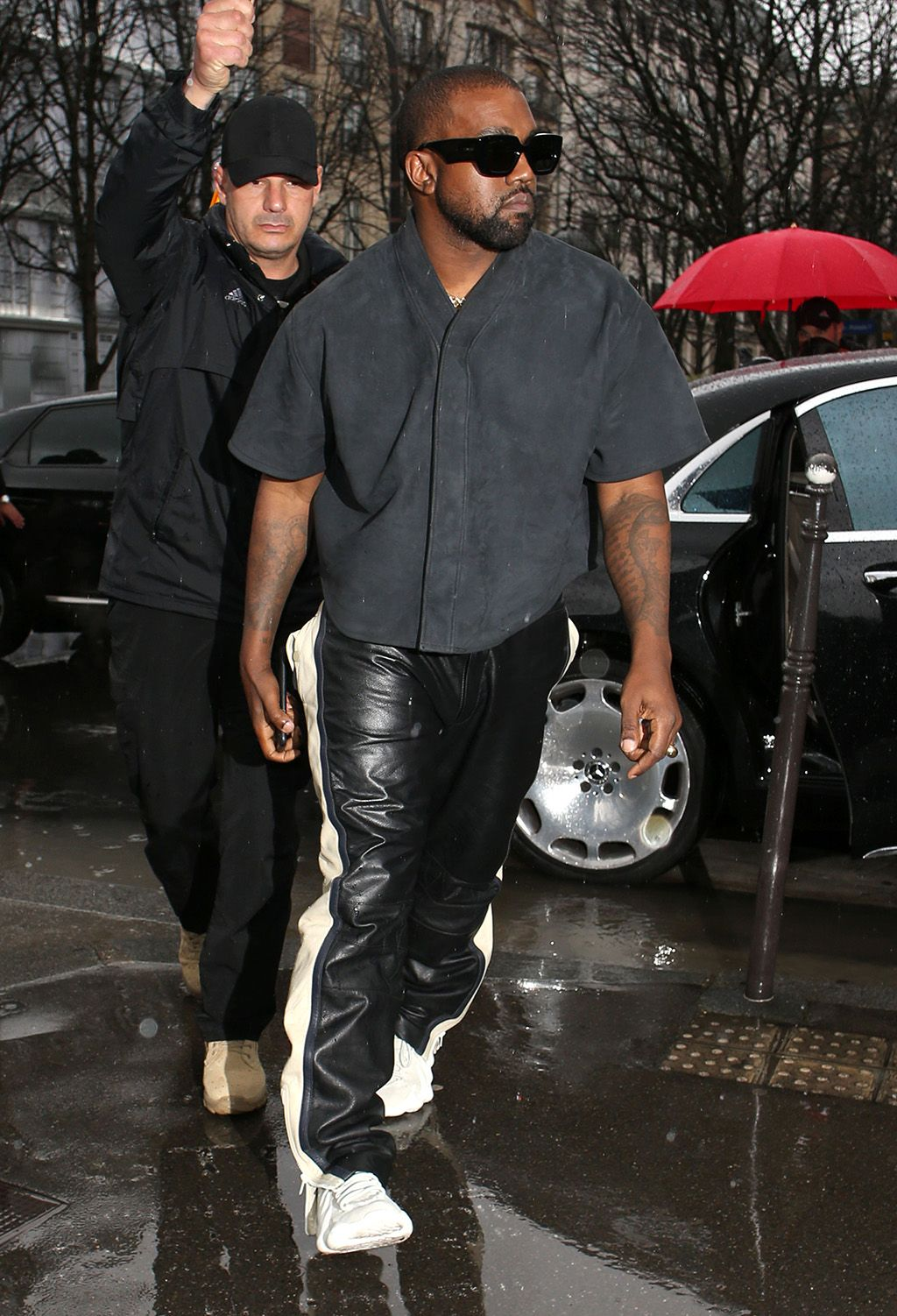 Kanye West S Yeezy 451 Wavy Sneakers In Paris For Sunday Service Footwear News In 2020 Kanye West Outfits Kanye West Kanye Fashion