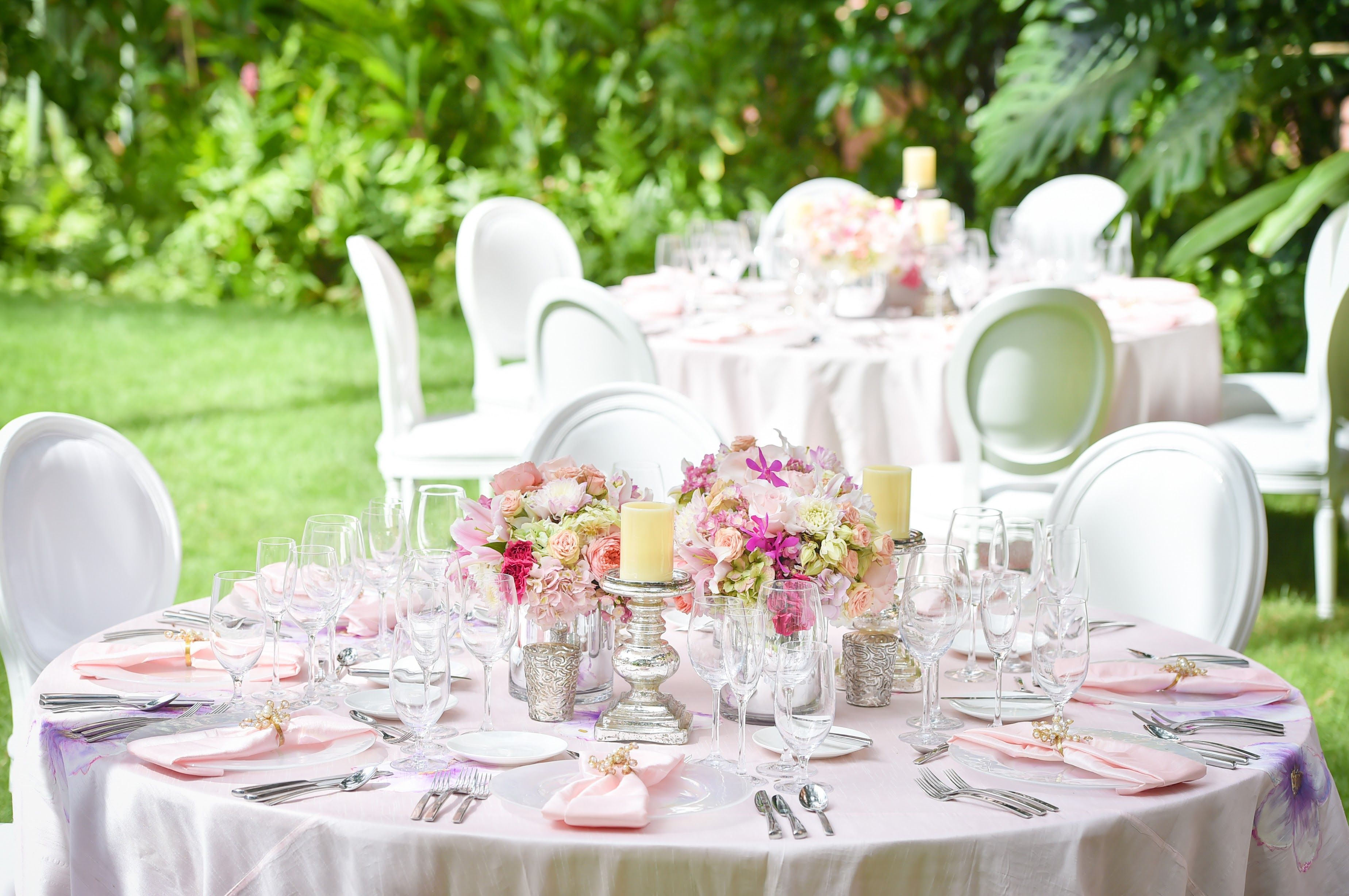 Pretty in Pink Wedding theme at The Royal Hawaiian, a Luxury ...
