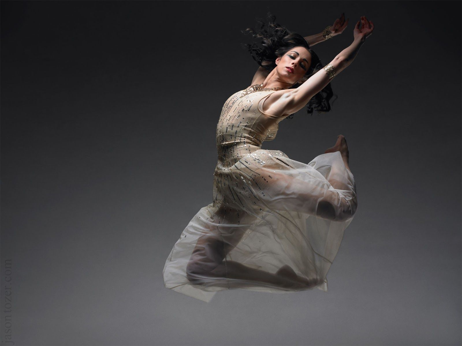 DancinPhotos: Jason Tozer