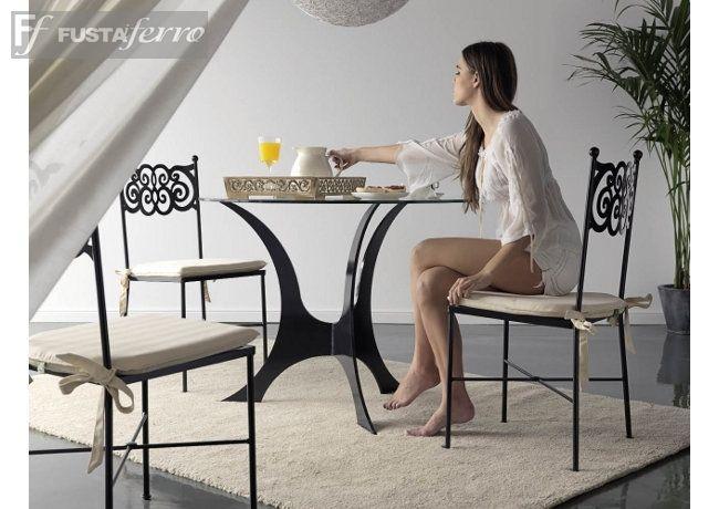 mesa y sillas de hierro modelo granada