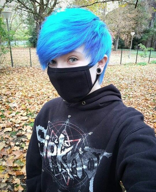 16 Best Short Emo Hairstyles For Guys In 2015 Emo Hairstyles For Guys Short Emo Hair Boys Blue Hair