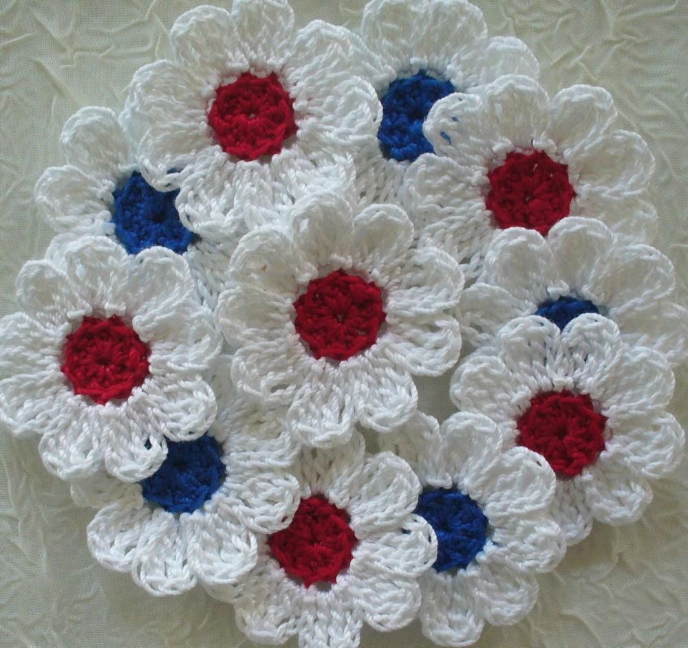 Red white and blue crochet daisy flowers set of 16 appliques red white and blue crochet daisy flowers set of 16 appliques embellishments on izmirmasajfo