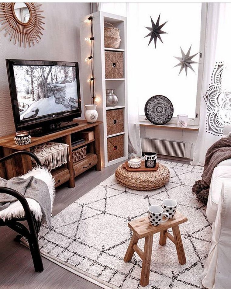 Glitz White Bohemian This Bed Room Is Similar To Boho Goes To Hollywood Gratitude Cozy Apartment Decor Small Apartment Living Room Interior Design Living Room #white #boho #living #room