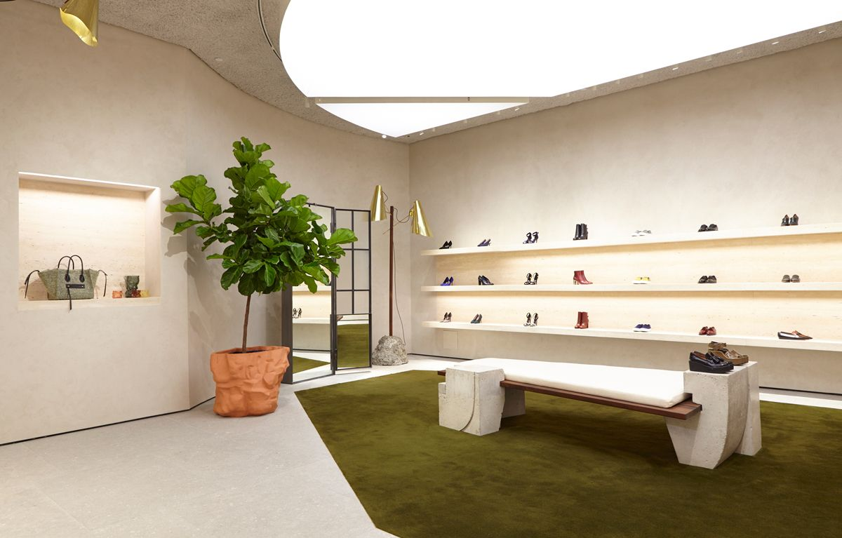 Céline Sets Up Shop in Soho — KNSTRCT   Nyc interior design, Retail store  interior, Shop interior design