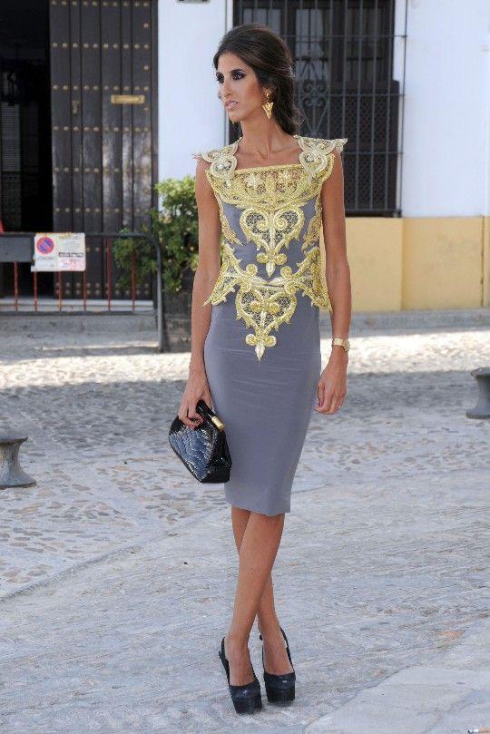 Inés Domecq, con vestido de Roberto Diz (Una invitada perfecta)