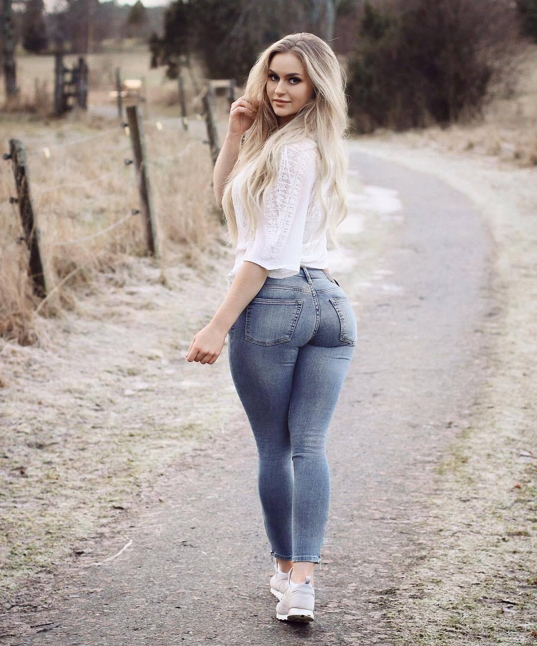 foto de tight pants: Anna Nyström Mujeres lindas